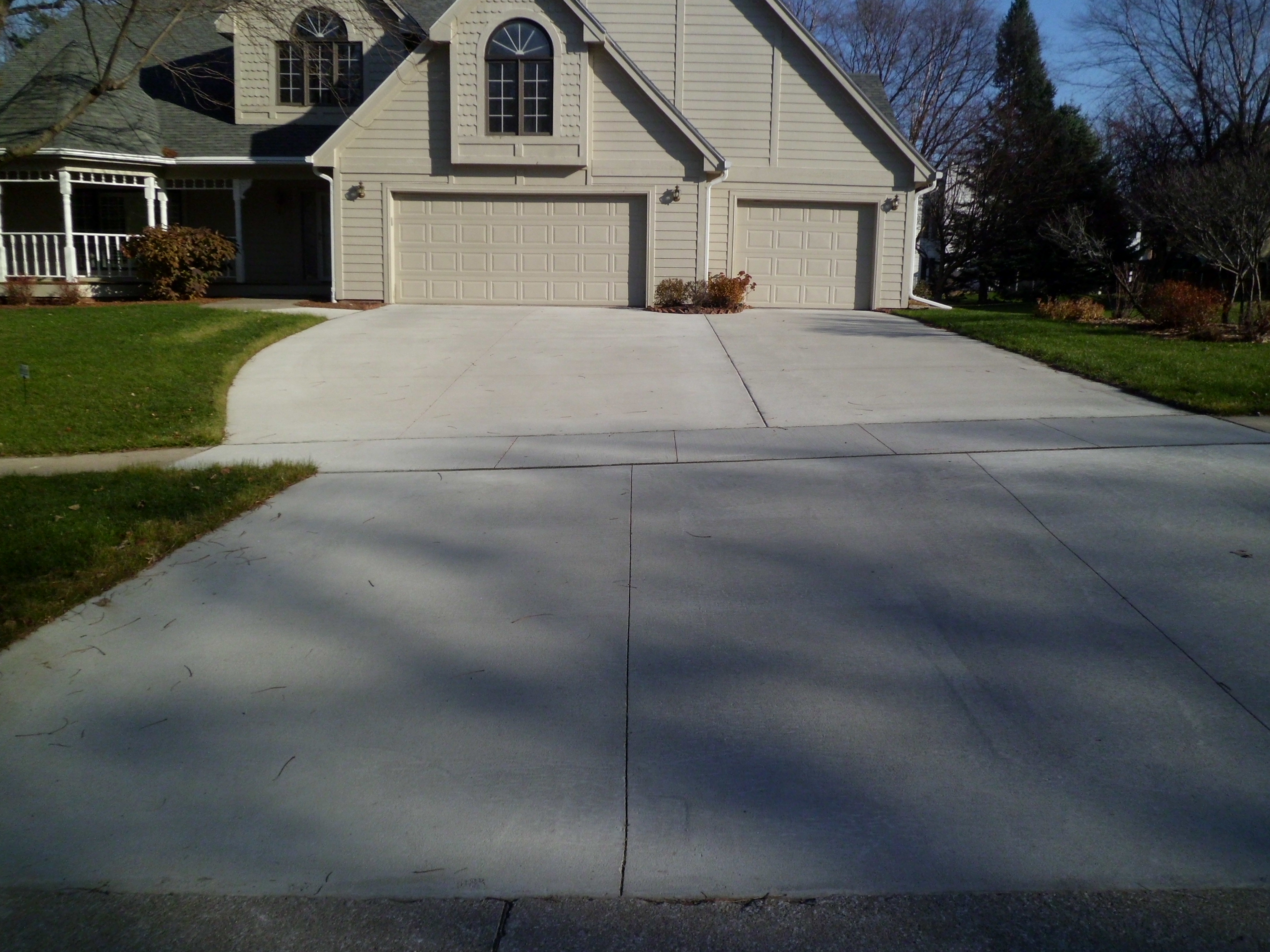 Driveway picture after work is completed at Don Schoen's